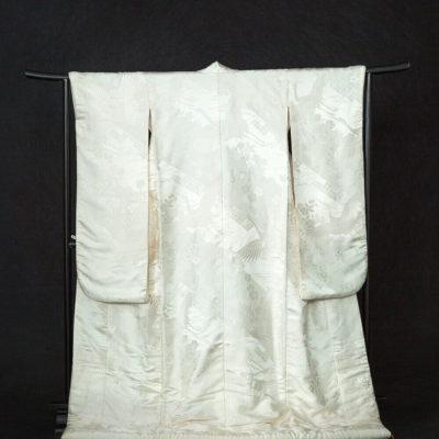 13.斜め桜鶴